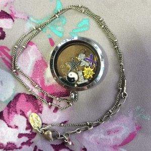 ❤️ALL Included!❤️ Origami Owl Locket Necklace